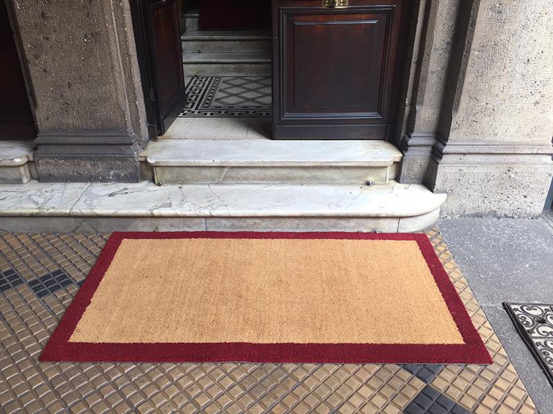 Tappeti per un condominio a milano with tappeto di cocco - Tappeti in fibra di cocco ...